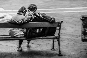 Mangel på kommunikasjon i parforholdet