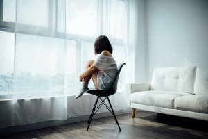 Ensomhet og depresjon – hva kan være årsaken?