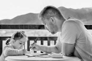 når mor hindrer samvær, hva er fars rettigheter?